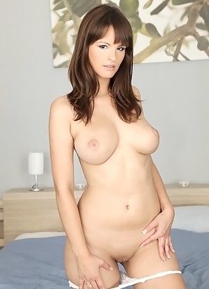 Let's watch sexual adventures of this sweet babe in the HD. She is getting naked on camera and being fucked hard by her lover.