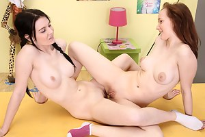 Teen girls experiment with lesbian love and licking pussy