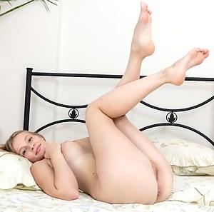 Teen Bedroom Porn Pictures