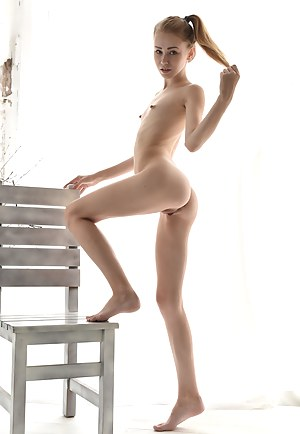 A beautiful doll like her has sweet shapes to show off and today she does so in the most explicit way.