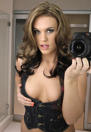 Teen Selfshot Porn Pictures