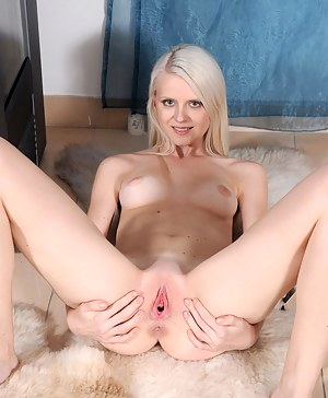 Teen Pussy Porn Pictures